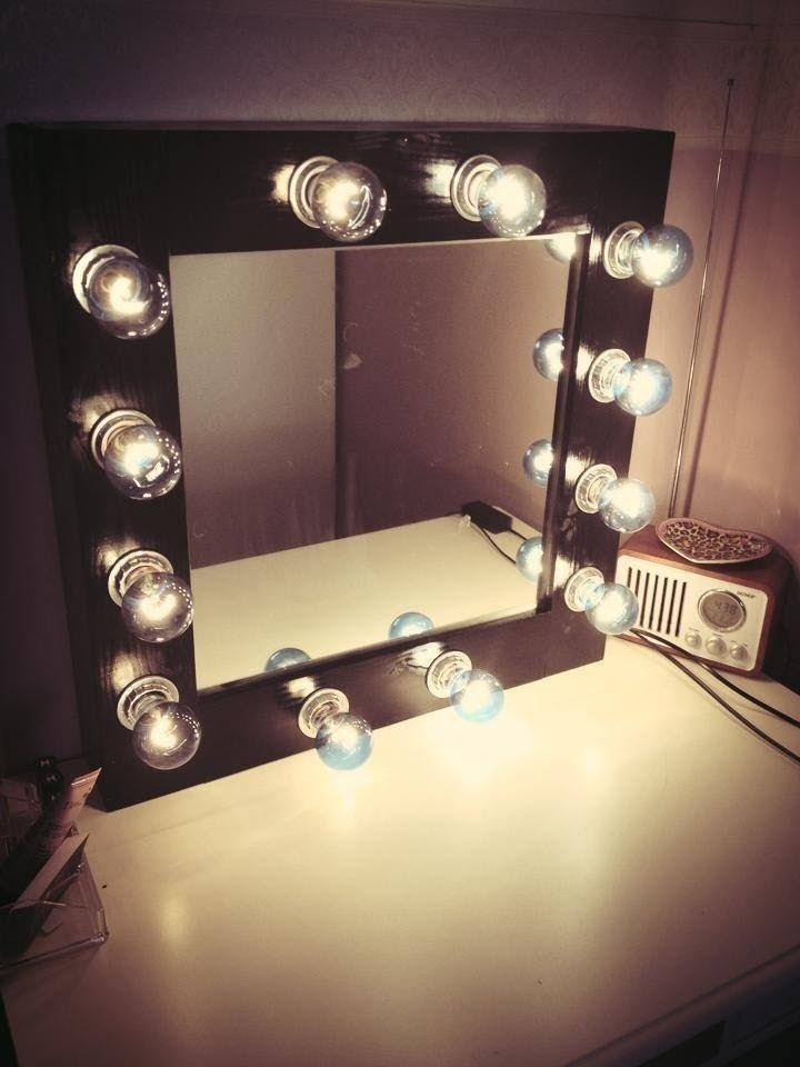 50 Vanity Mirror With Light Bulbs, What Bulbs For Makeup Mirror