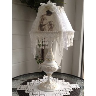 1000+ ideas about Shabby Chic Lamps on Pinterest | Burlap