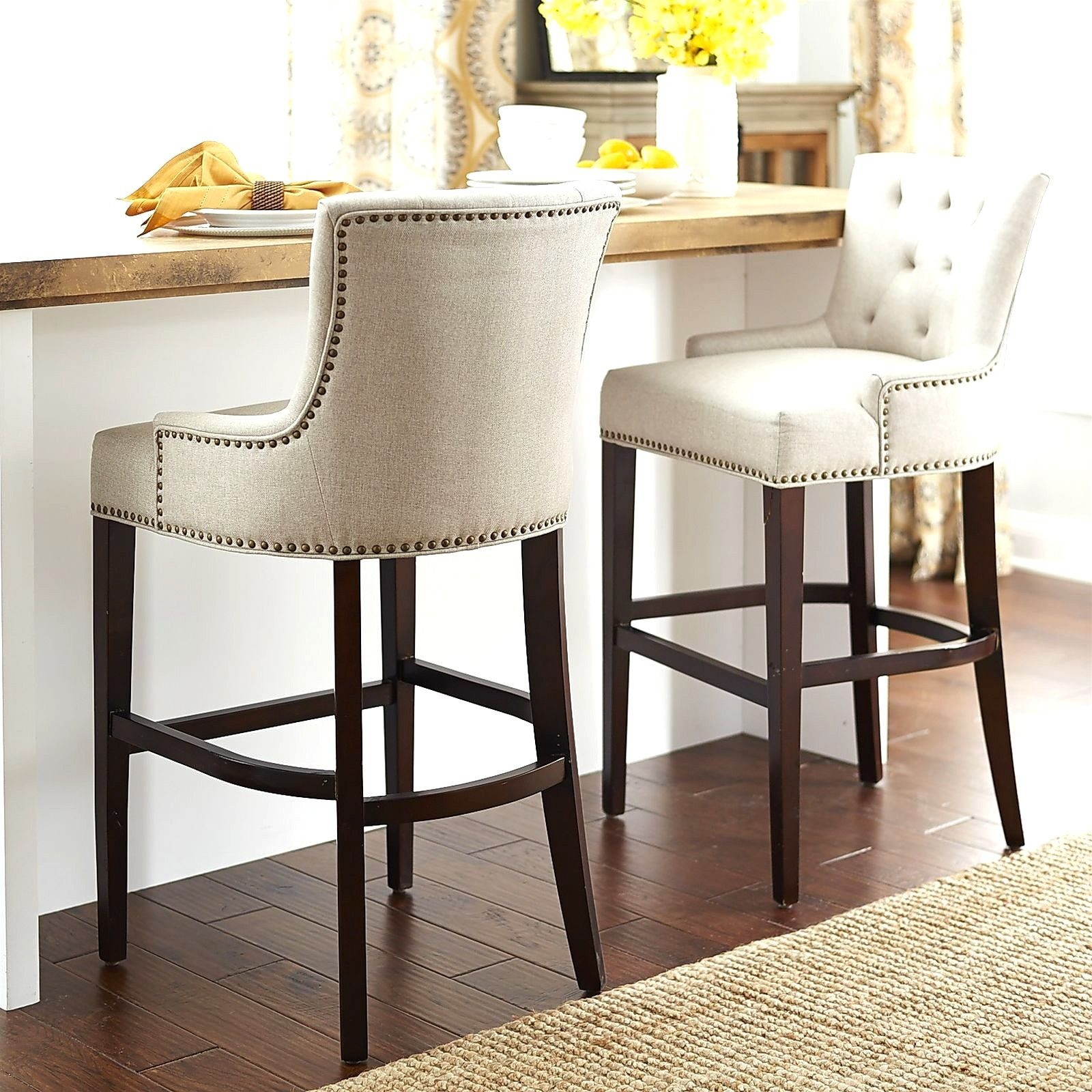 25+ Best Ideas About Kitchen Counter Stools On Pinterest .