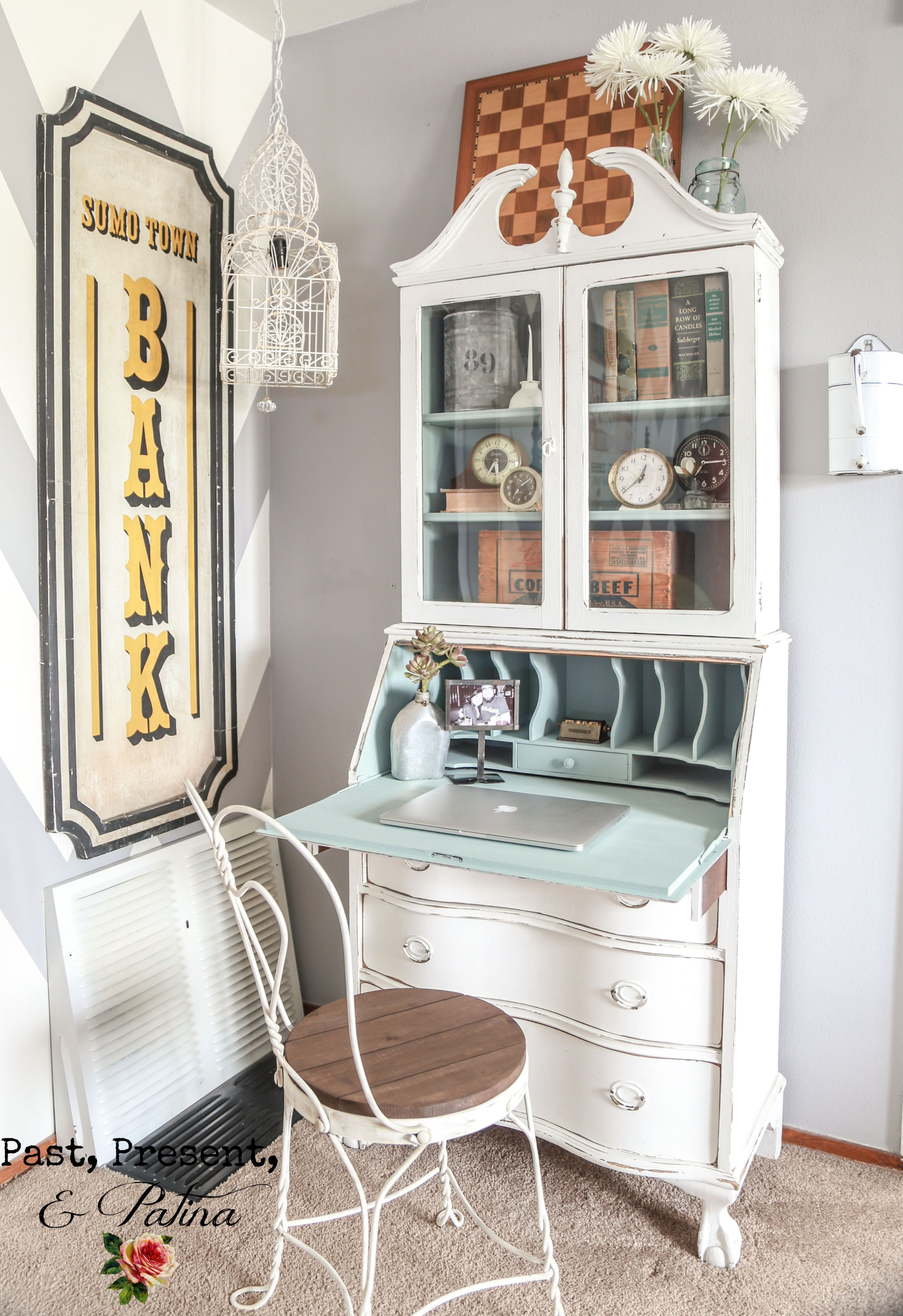 25+ Best Ideas About Painted Secretary Desks On Pinterest .