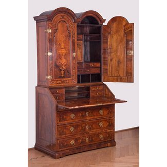 25+ best ideas about Secretary desk with hutch on ...