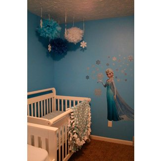 25 Cute Frozen Themed Room Decor Ideas Your Kids Will