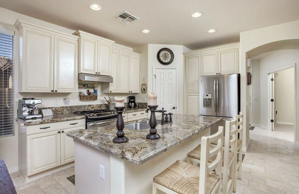 Awesome Antique White Kitchen Cabinets (Design Photos)   Designing .
