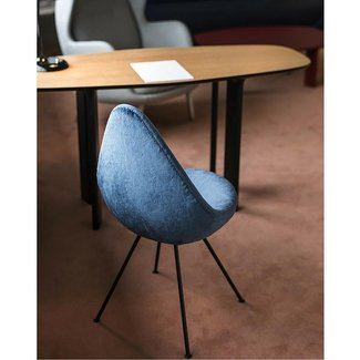 Arne Jacobsen Drop Chair | Modern Furniture | PALETTE &