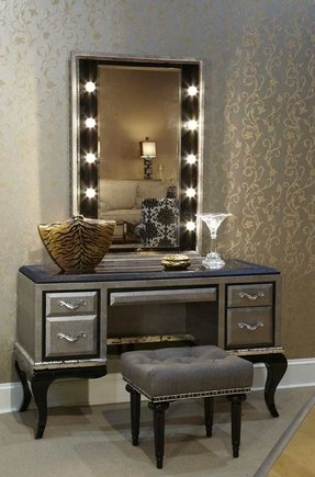 50+ Makeup Vanity Table With Lighted Mirror You\'ll Love in ...