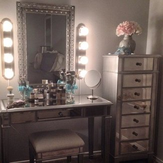 makeup vanities for bedrooms with lights makeup vanity table with lights visual hunt 20663