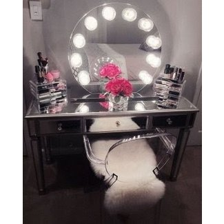 Best 25 Mirrored Vanity Table Ideas On Pinterest White ...