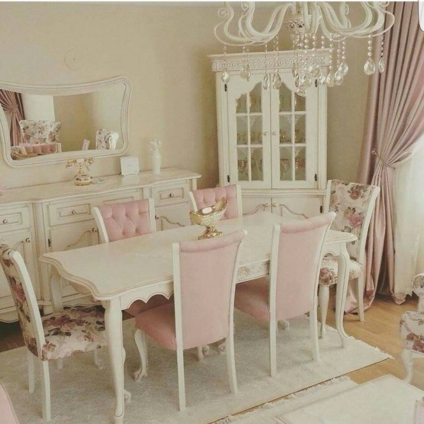 Best 25+ Shabby Chic Dining Room Ideas On Pinterest .