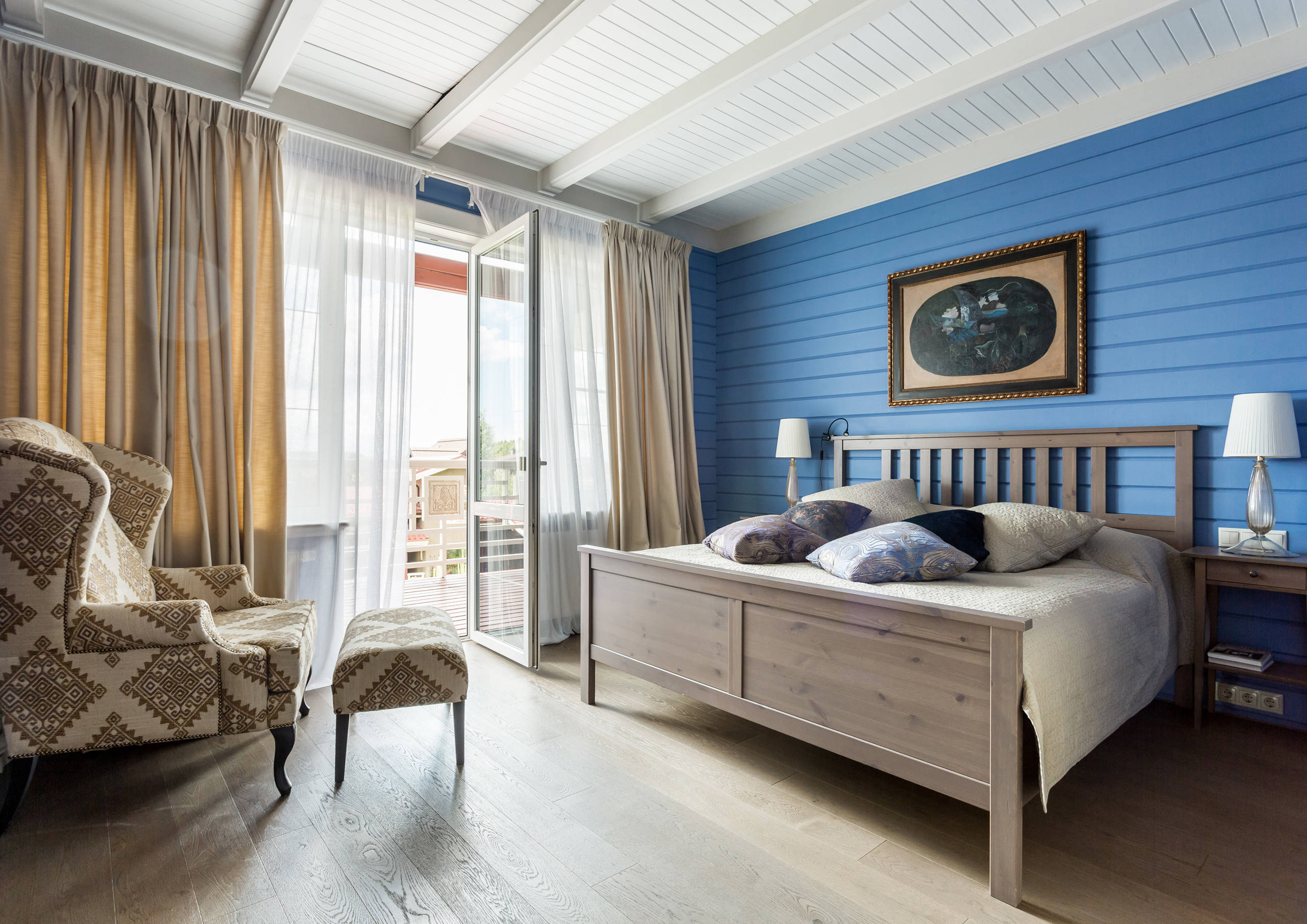 shiplap an ultimate guide on selecting and installing shiplap siding visual hunt. Black Bedroom Furniture Sets. Home Design Ideas