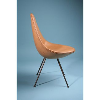 Chair, The Drop Chair. Designed by Arne Jacobsen for Fritz