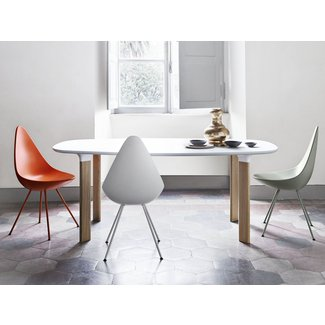 Chaise design : Drop, par Arne Jacobsen. - Picslovin