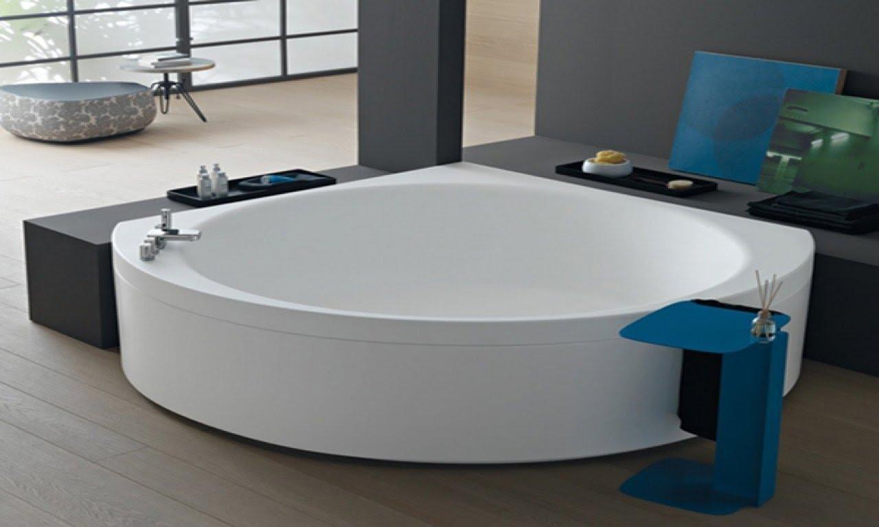 Corner Bath Tub, Corner Bathtubs For Small Bathrooms .