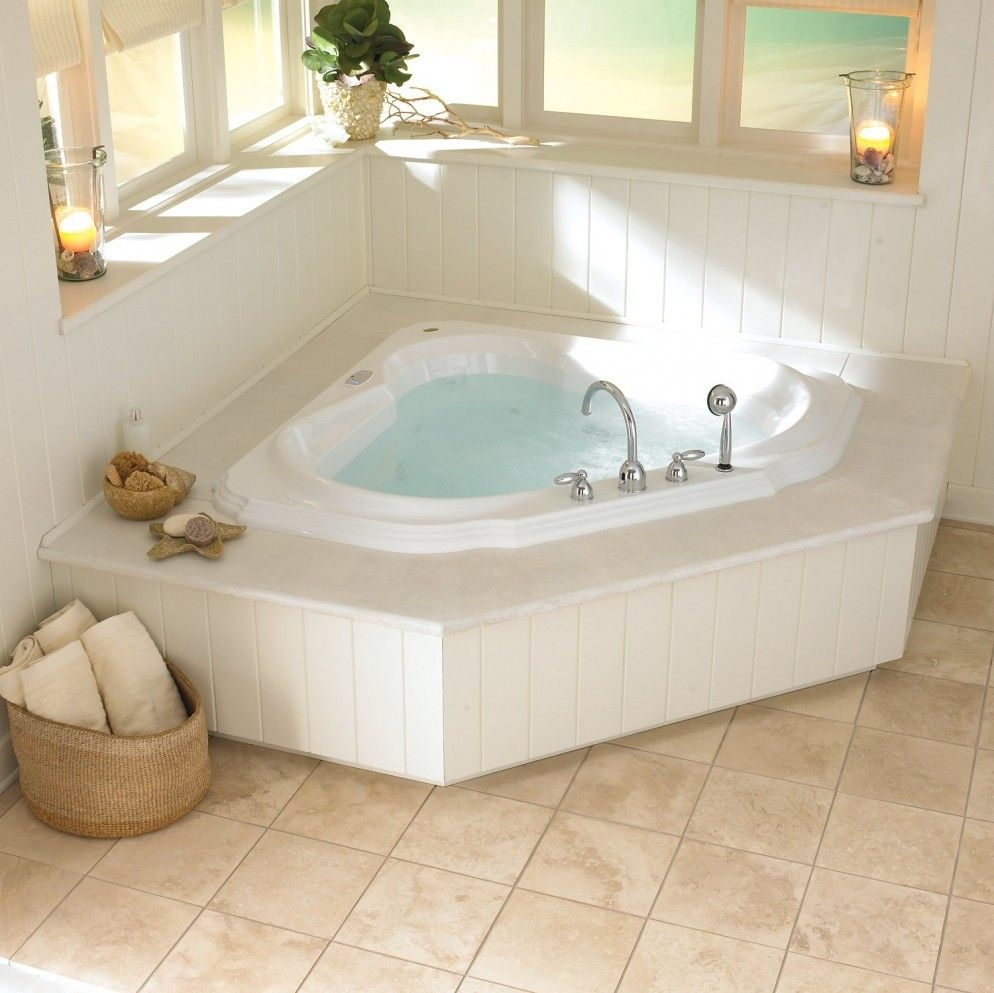 Merveilleux Corner Whirlpool Tub U2013 The Perfect Solution For Small .