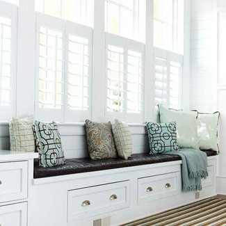 David Dangerous: Bay window seat and storage ideas