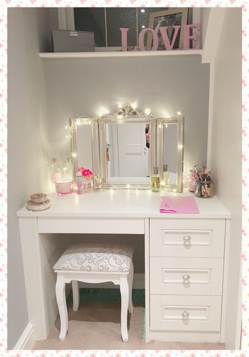 Dressing Table With Mirror And Stool And Lights .