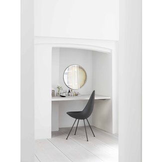 Drop Chair By Fritz Hansen | Skandium