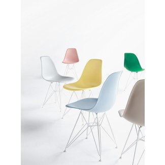 Eames® Molded Plastic Wire-Base Side Chair (DSR) - Design ...