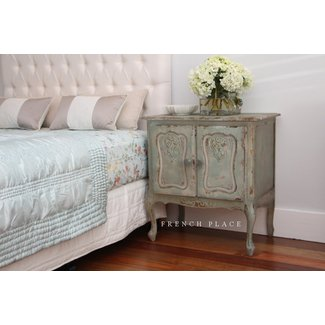 French Provincial Bedroom Furniture
