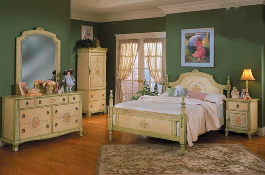 Perfect French Provincial Bedroom Set Interior
