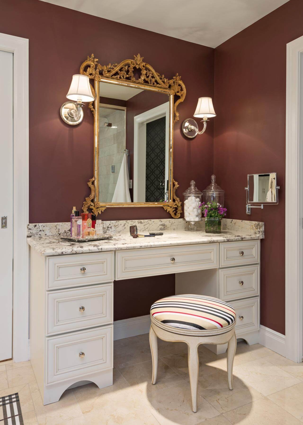 Captivating Makeup Vanity Table With Lighted .