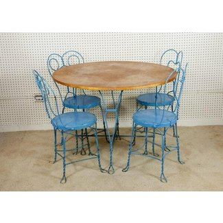 Ice Cream Parlor Table and Chairs : EBTH