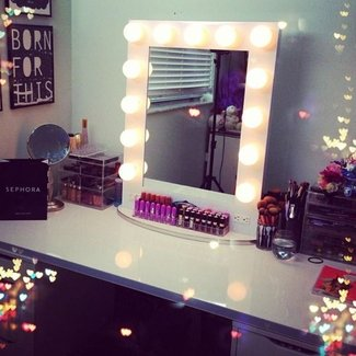 Makeup mirror with light bulbs | Vanity Ideas | Pinterest