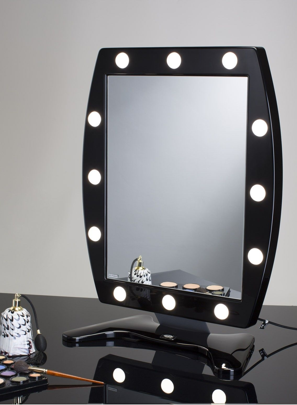 Beau Makeup Table Mirror With 12 Lights MDT Cantoni
