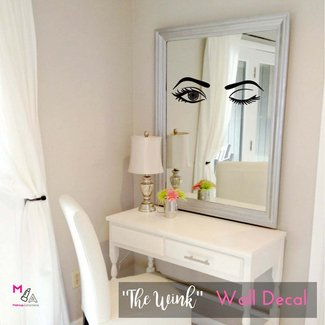 Makeup Vanity Table With Mirror And Lights. Small Makeup ...