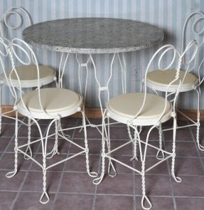 Marble Ice Cream Parlor Table And Chairs : EBTH