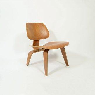 Originele Eames Lounge Chair Wood (LCW) 1950 «