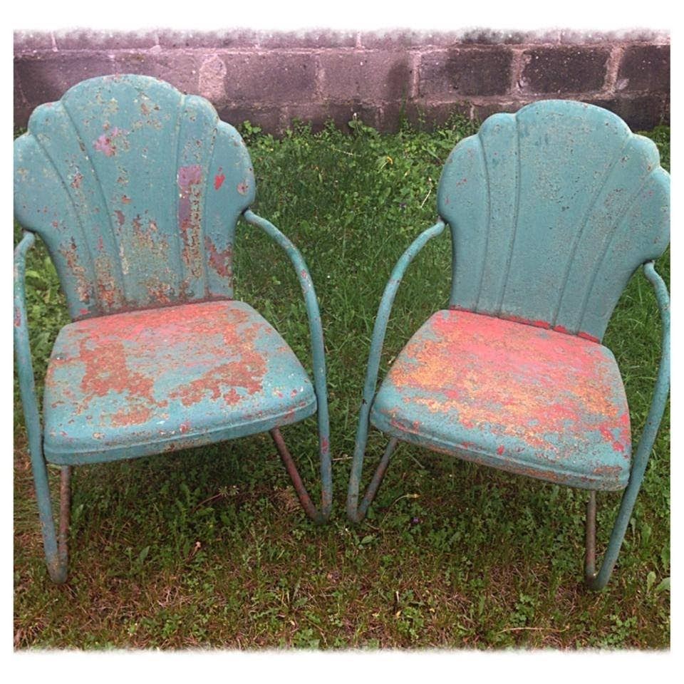 Outdoor metal chair Stackable Pair Of Vintage 50s Metal Lawn Chairs W Great Patina Olde Good Things Vintage Metal Lawn Chairs Visual Hunt