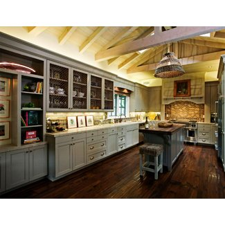 Shabby Chic Country Kitchen Décor with Natural Sense ...