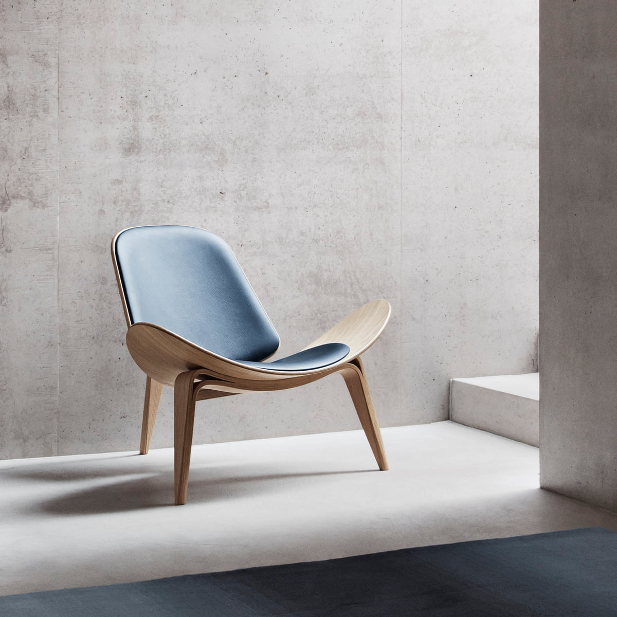 shell-chair-hans-wegner-shell-chair-online-furnishplus-1