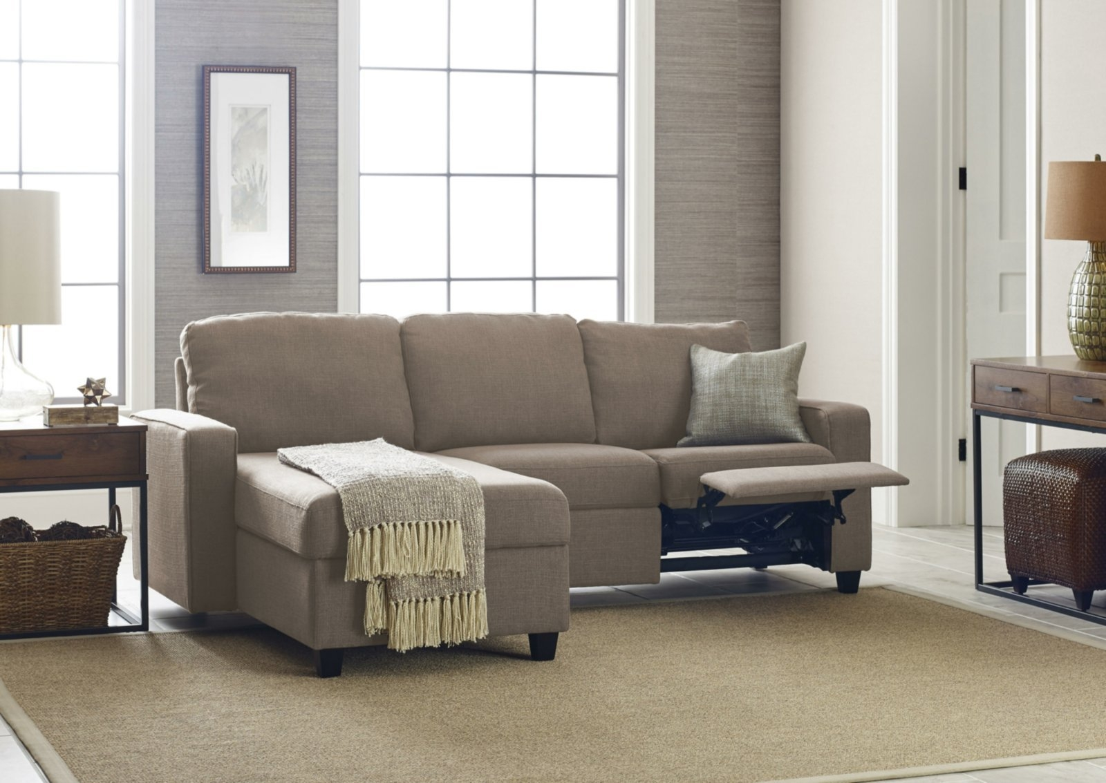 small sectional sofa with recliner visual hunt rh visualhunt com small sectional sofas with recliners and cup holders small sectional sofa with recliner and chaise
