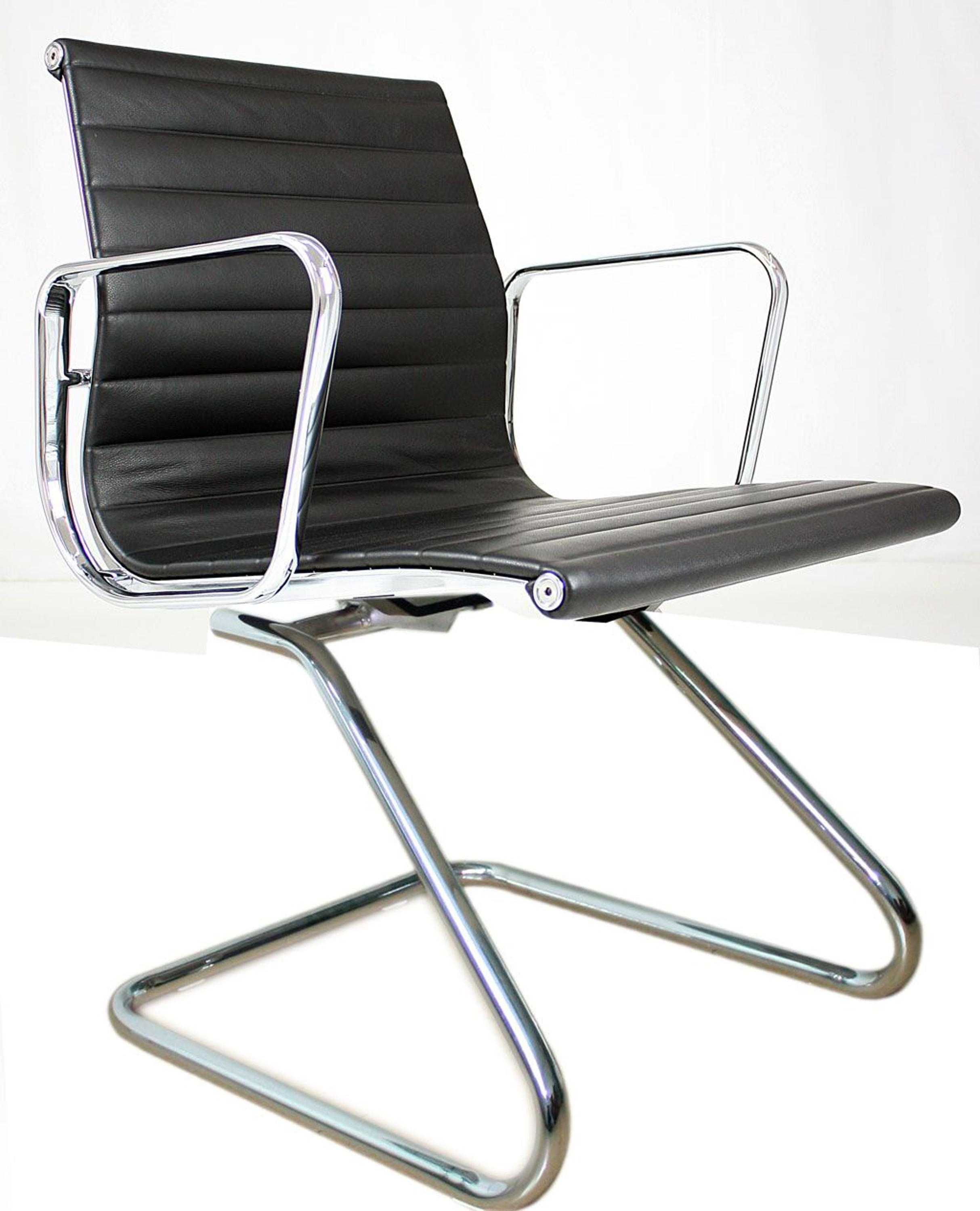 Chair With Round Base No Wheels 12 4 Internist Dr Horn De