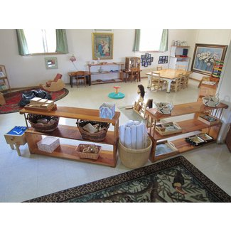 Toddler room at Montessori School of Maui | Early ...
