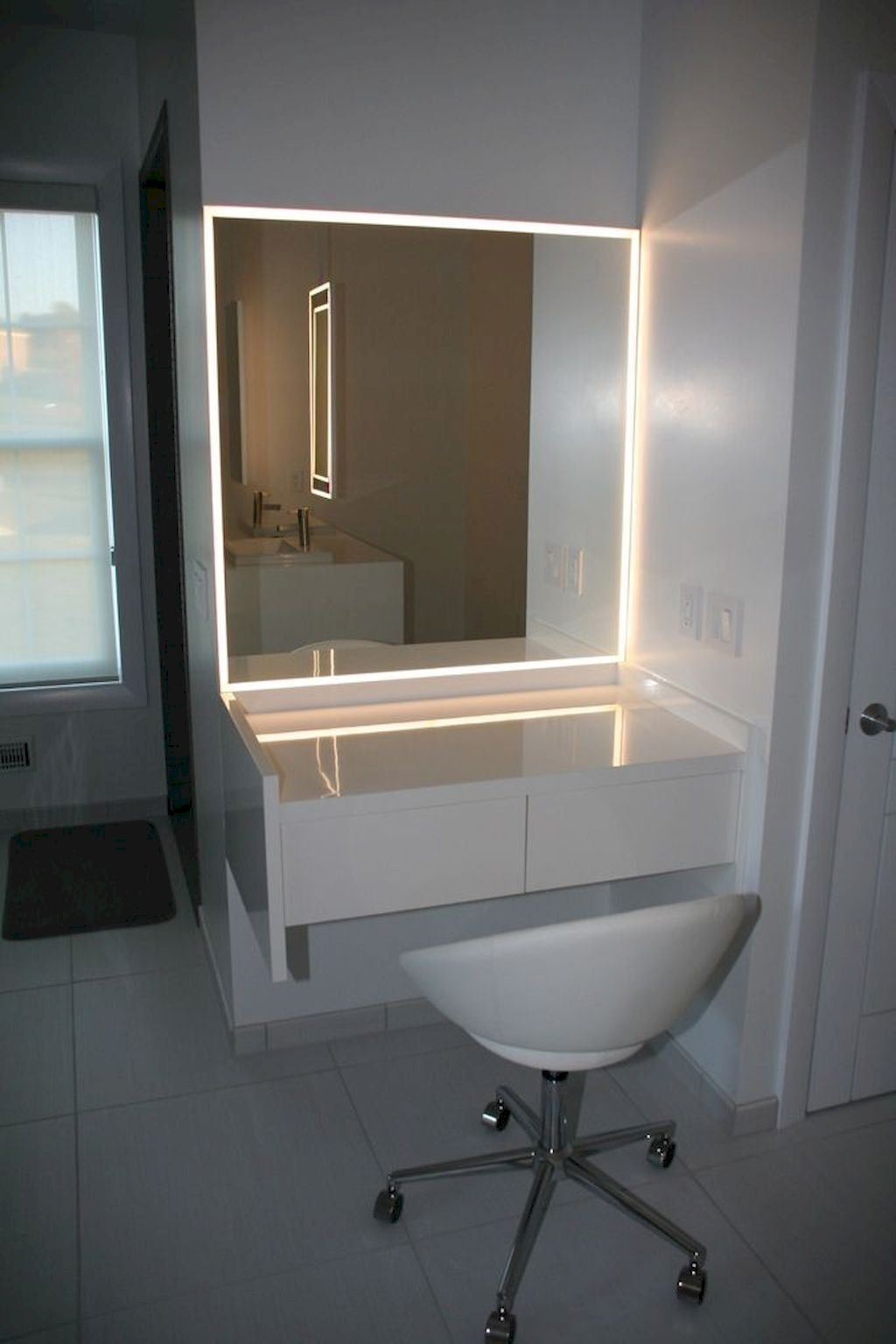 Attirant Vanity Dressing Table With Mirror And Lights   Foter