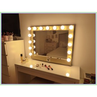 Vanity Mirror With Light Bulbs (6) - The Minimalist NYC