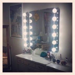 50 Vanity Mirror With Light Bulbs Visual Hunt