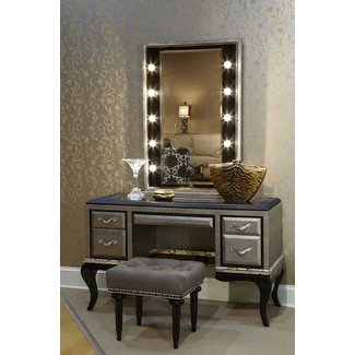 Vanity Set With Lights For Bedroom | lightupmyparty