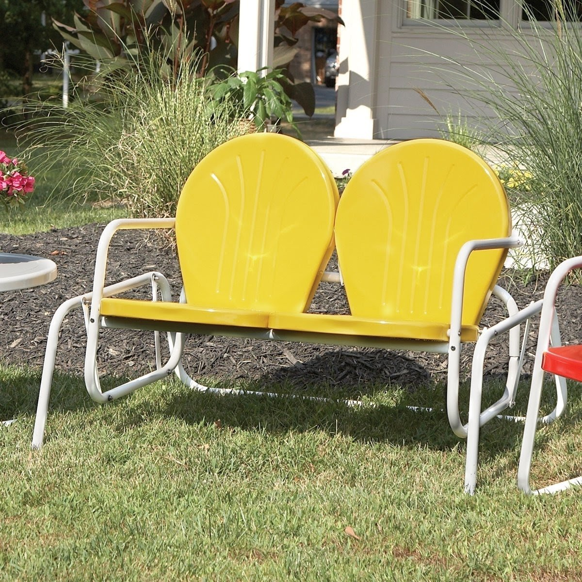 Superbe Vintage Metal Chairs Outdoor | Retro Metal Glider Lawn .