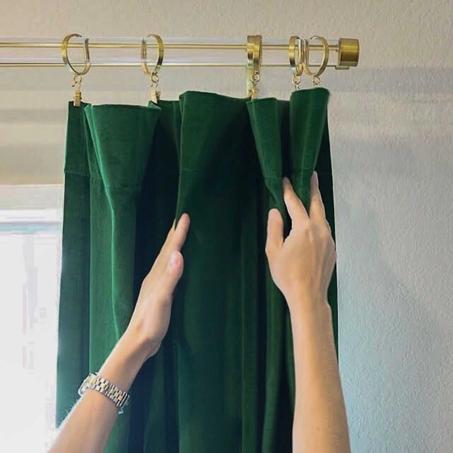 Emerald Green Velvet Curtains You Ll Love In 2021 Visualhunt