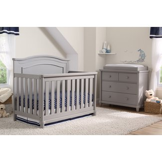 Belmont 5-Piece Crib Set