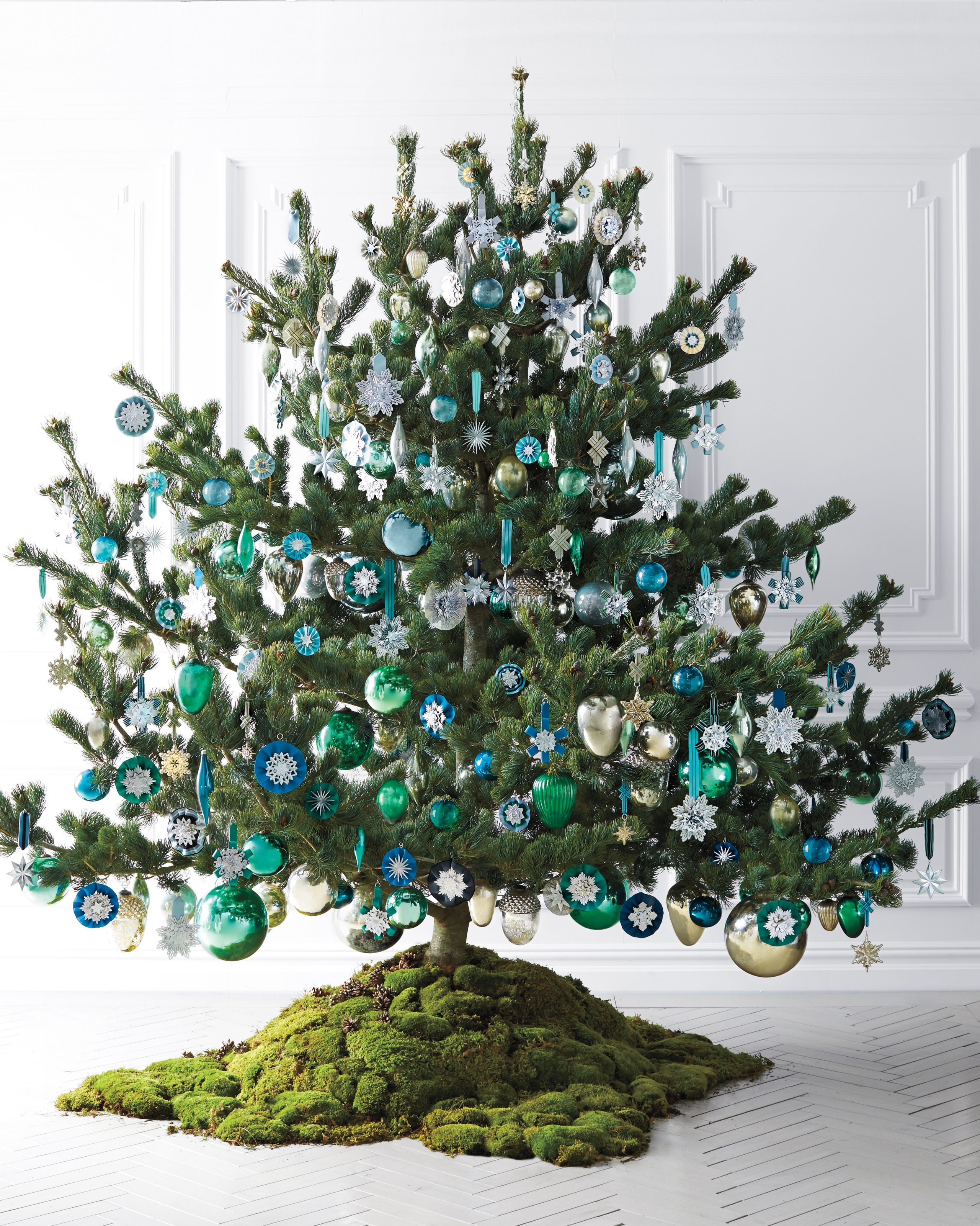 Martha Stewart Christmas Decorations To Make  from visualhunt.com