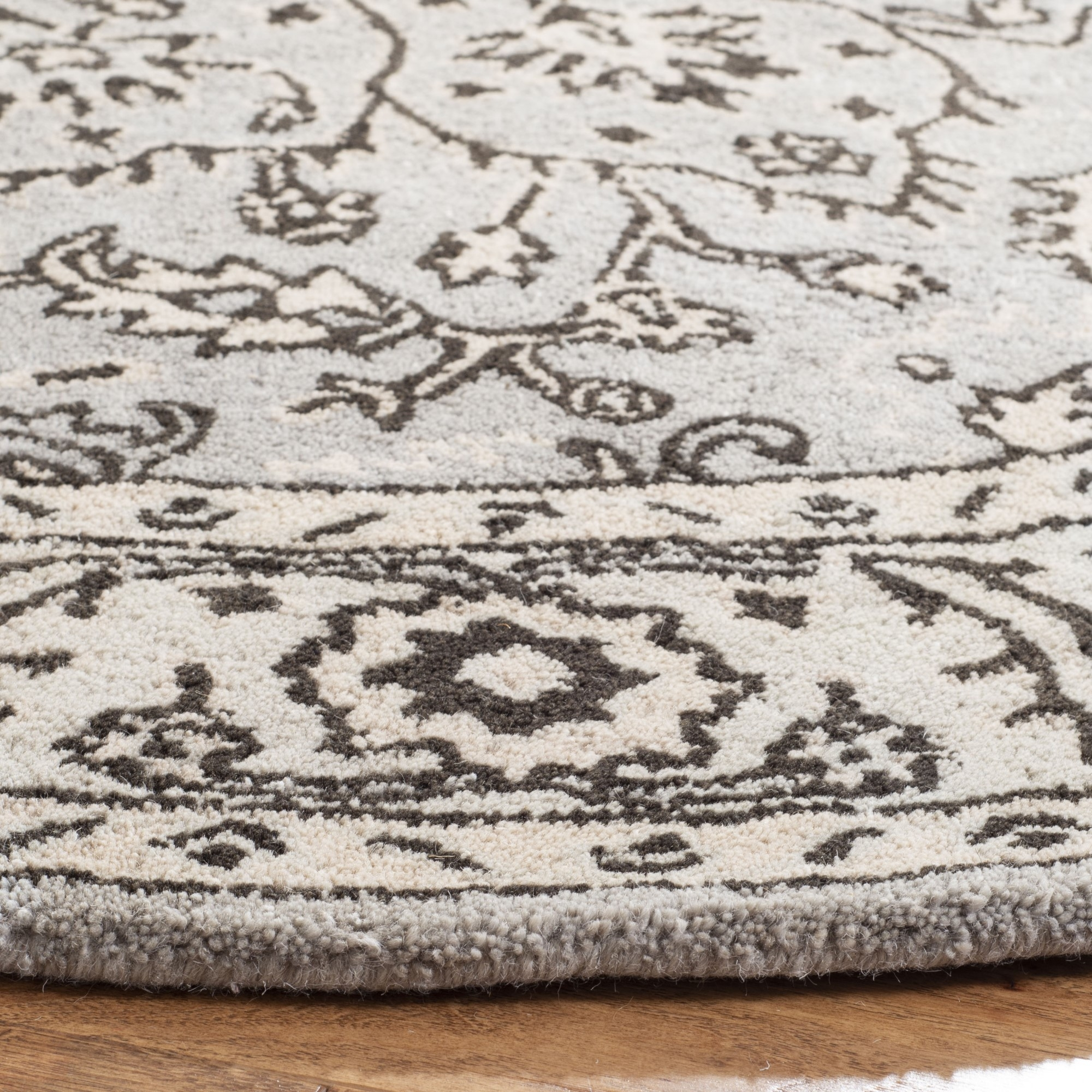 Grey And Beige Rug You Ll Love In 2021 Visualhunt