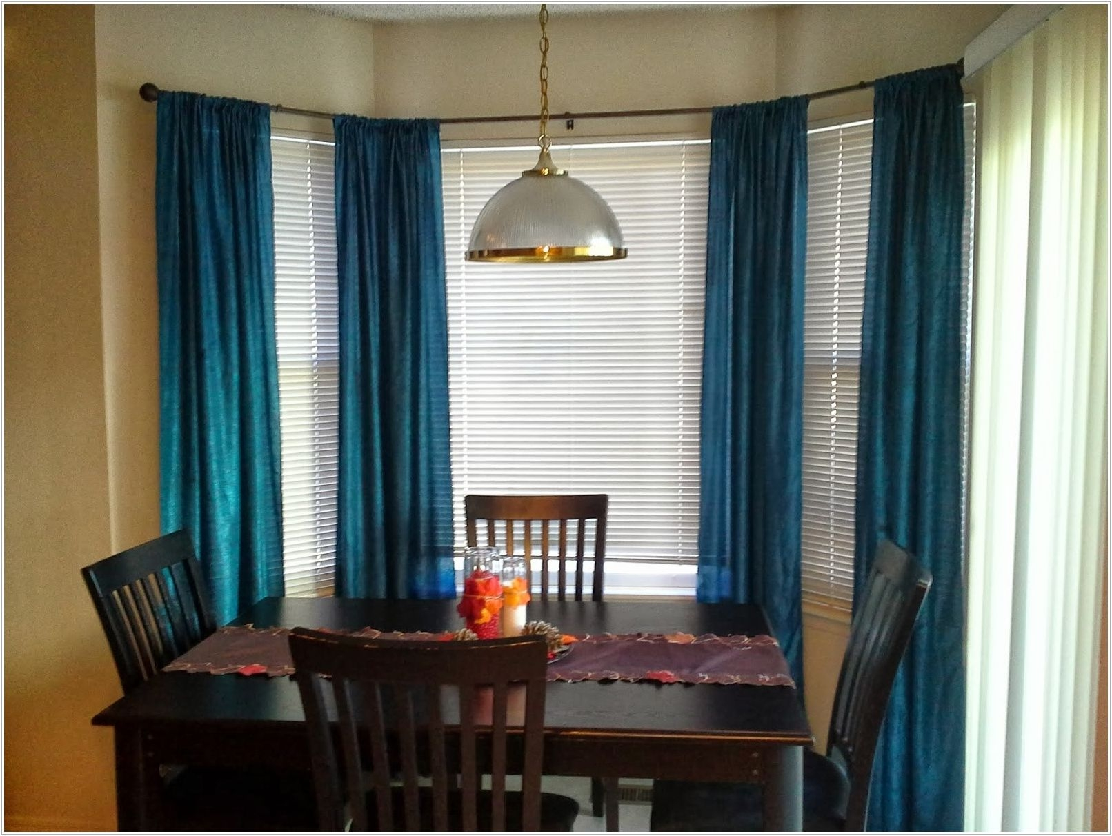 Curtains For Bay Windows In Dining Room You Ll Love In 2021 Visualhunt