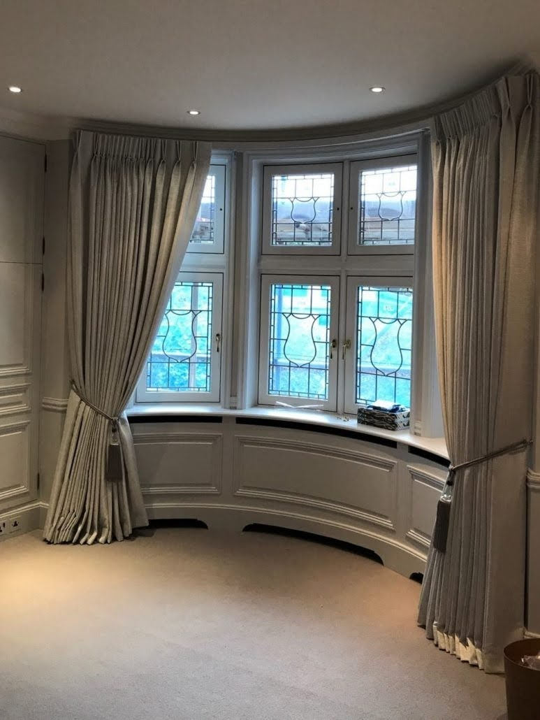 Curtains For Bay Windows You Ll Love In 2021 Visualhunt
