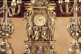 3 Expert Tips to Choose Mantel & Tabletop Clocks