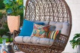 6 Expert Tips To Choose A Porch Swing