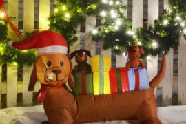 4 Expert Tips to Choose Inflatable Outdoor Holiday Decorations
